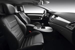 Renault_Laguna_Coupe_2012_501-300x199